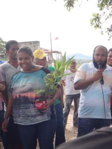 Ana Claudia, Técnica em Agroecologia, executurá o projeto de Apicultura da Bahia Produtiva na Aldeia Mundo Novo